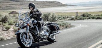 Migliori fascette salvascarpe per moto: guida all'acquisto